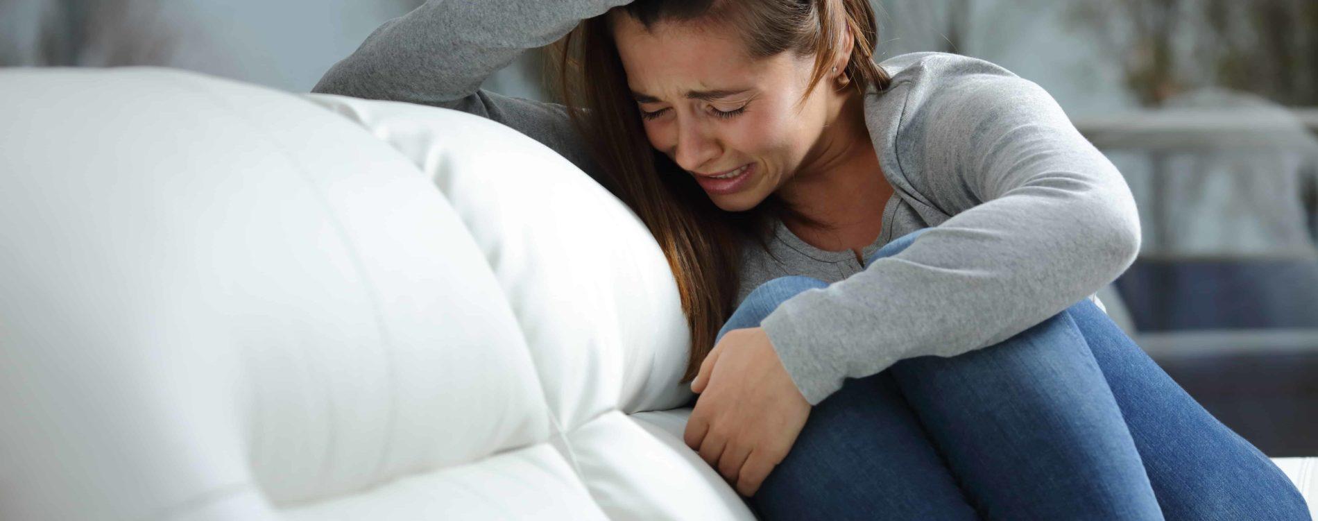 klinik-windach-depression-therapie-weinende-frau